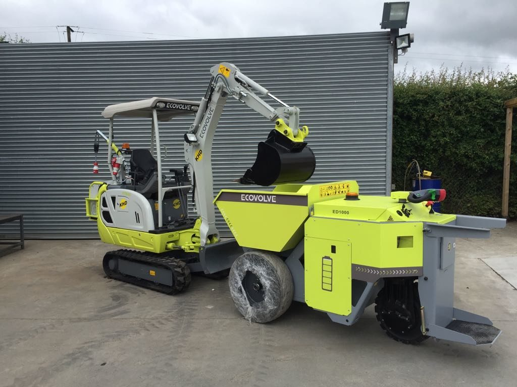 1.3 Ton Electric Digger and Electric Dumper